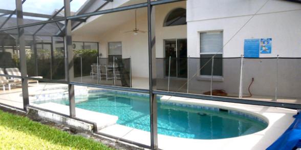 Pool, Spa and Lanai Area